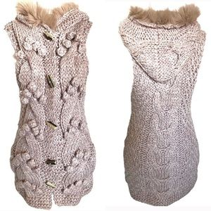 Light brown chunky knit long vest with fur hood